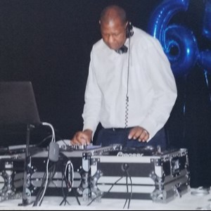 Glen Carbon, IL Mobile DJ | Music For All Occasions