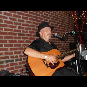 Megargel Folk Singer | Roy Harkey: Singer/Guitar Player/One Man Band