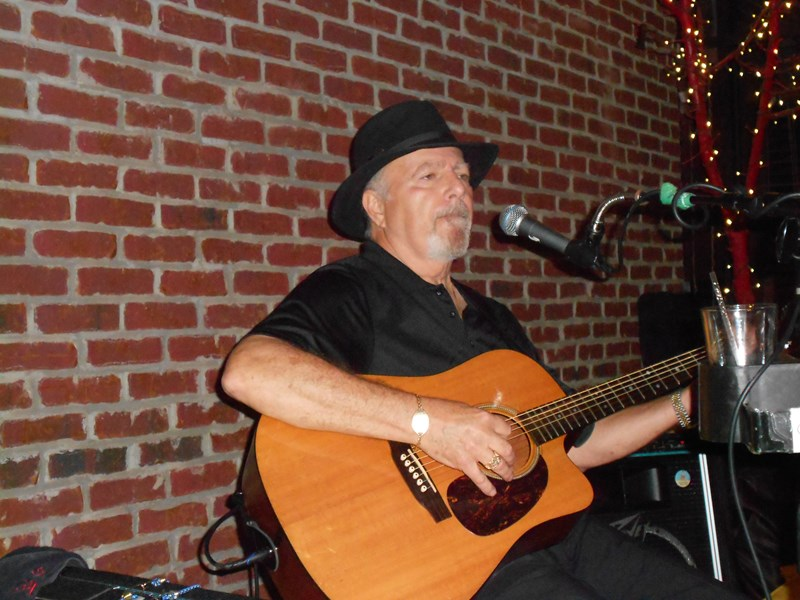 Roy Harkey: Singer/Guitar Player/One Man Band - One Man Band - Plano, TX