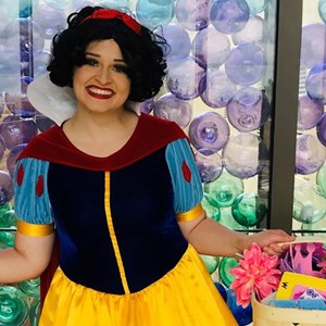 Langley, WA Costumed Character | A Girl in a Dress - Costumed Party Characters