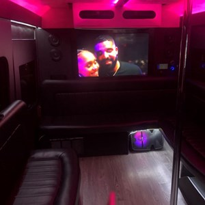 Hampton, VA Party Bus | The Winners Circle VIP