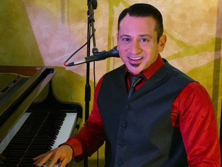 David Mann: Piano/Vocal/One-Man Band/Dueling Piano - Pop One Man Band - Fort Lauderdale, FL