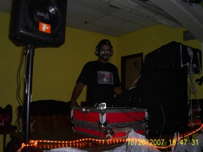 Double Trouble Entertainment  ( D.T.E. ) | New York, NY | DJ | Photo #7