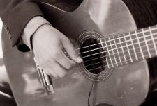 Marco de Carvalho | Seattle, WA | Brazilian Acoustic Guitar | Photo #3