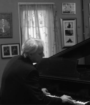 Will Landstrom | Blakeslee, PA | Piano | Photo #11