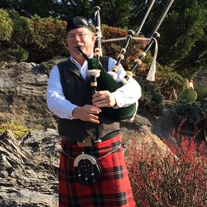 New Kingstown Bagpiper | Robert Mitchell