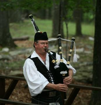 Robert Mitchell | Bethesda, MD | Bagpipes | Photo #1
