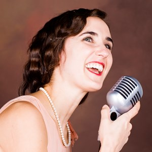 Apple Valley Jazz Musician | Belle Amour