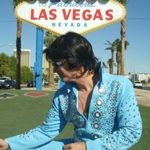 Fair Oaks, CA Elvis Impersonator | Johnny Reno - The Sacramento King