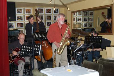 Ralph Hopper Jazz Trio & One Man Saxophone Band | Ottawa, ON | Jazz Trio | Photo #2