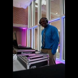 East New Market Emcee | Max Powers DJ & Ambiance Lighting.