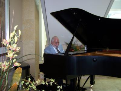 G. ''Mike' Taylor | Riverside, CA | Jazz Piano | Photo #4