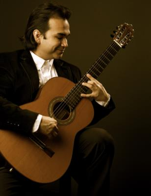 Ravner Salinas - classical guitarist Austin TX | Austin, TX | Classical Guitar | Photo #1