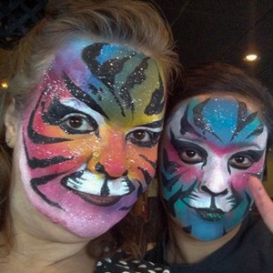 Detroit Face Painter | 2clowns