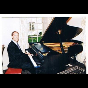 Grafton Pianist | Steve Hall