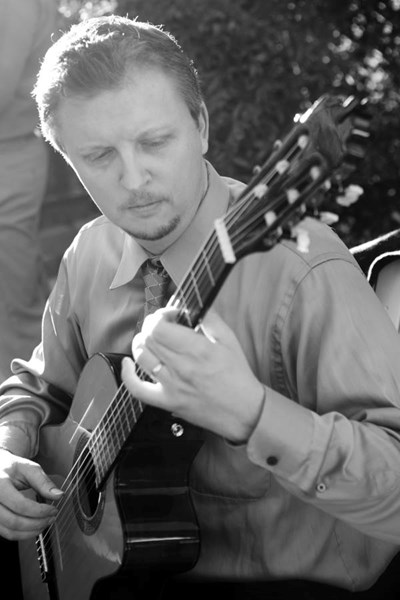 Dustin Jones - Classical Acoustic Guitarist - Tucson, AZ