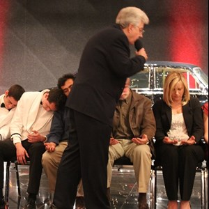 Hayward, CA Hypnotist | Dr. Dave Hill - Comedy Hypnosis Shows