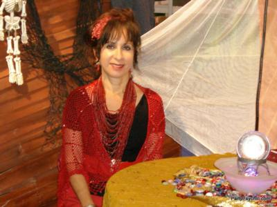 Lezlie Bernal | La Habra, CA | Tarot Card Reader | Photo #2