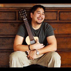 Green Bay Ukulele Player | Cary Kanno