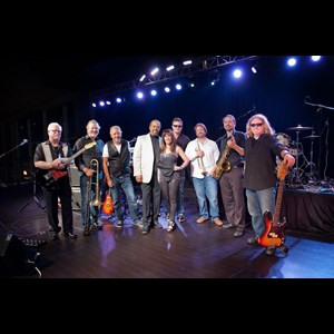 Adams 80s Band | The Souled Out Band