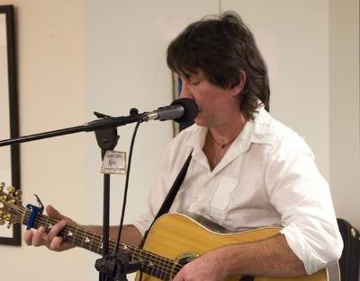 Kenny Cunningham/Acoustic English Guitarist/Singer's Main Photo