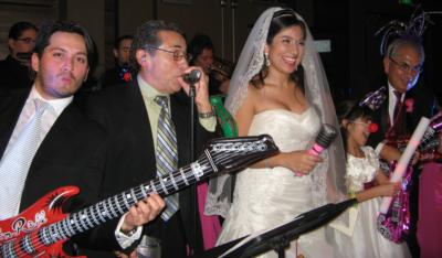 Yari More Latin Wedding Band | North Hollywood, CA | Latin Band | Photo #1