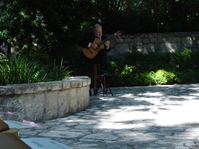 Terry Muska | San Antonio, TX | Classical Guitar | Photo #9