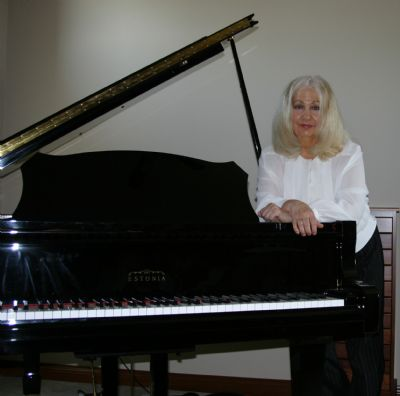 Phyllis Lynch, Piano/violin/Classical/Acous Guitar | Greenwood, IN | Piano | Photo #3