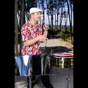 Seattle, WA Steel Drummer | Ian Dobson