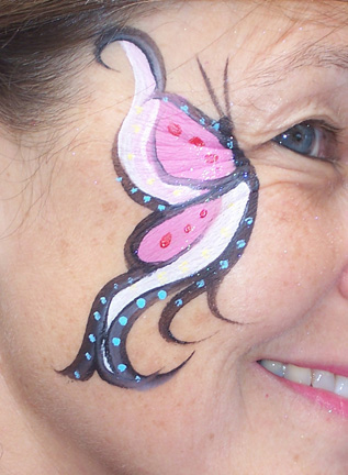 Amanda Cohen - Fine Point Face Painting - Face Painter - Chicago, IL