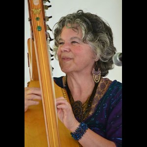 New Salem Harpist | De Luna