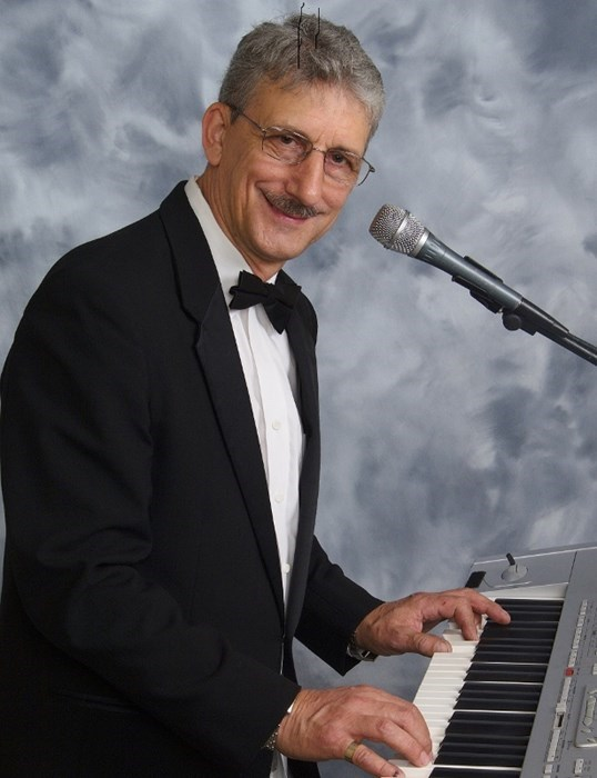 Elegant keyboard Player