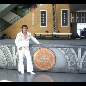 La Fontaine Elvis Impersonator | Greg Jaqua (available with or without live band)