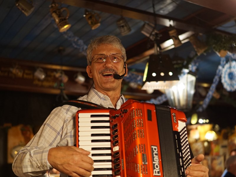 Larry Roberts Accordion and More - Accordion Player - Fort Lauderdale, FL