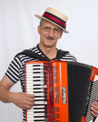 Larry Roberts Entertainment | Davie, FL | Accordion | Photo #2