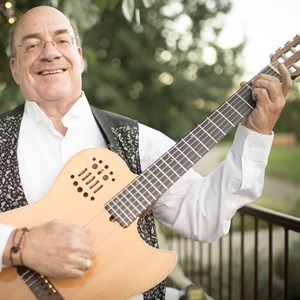 Denver Classical Acoustic Guitarist | Eric Roberts