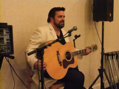Victor Fox | Wheeling, IL | Acoustic Guitar | Photo #4