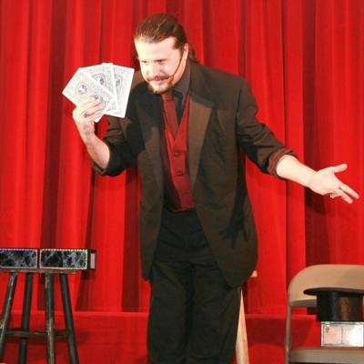 John Shore (Stone Castle Magic Co.) | Versailles, KY | Magician | Photo #9