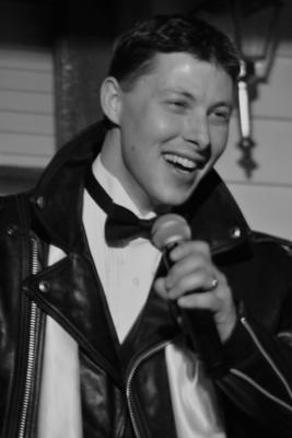 Matt Walch-Singing The Big Band Standards | Ann Arbor, MI | Big Band Singer | Photo #10