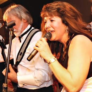 Mount Saint Joseph Cover Band | Saffire Express Band