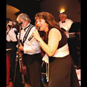 Lynchburg 80s Band | Saffire Express Band