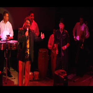 Seattle Latin Band | Salsariba