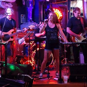 Warren Cover Band | Shine