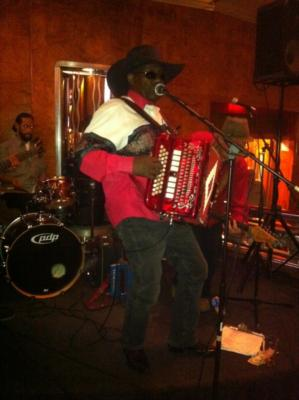 Bennie & The Swampgators | Long Beach, CA | Zydeco Band | Photo #10