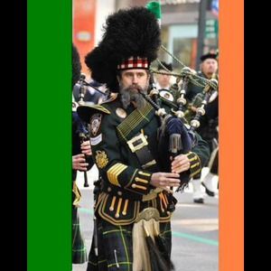 Fords Bagpiper | 'The NYC Piper'