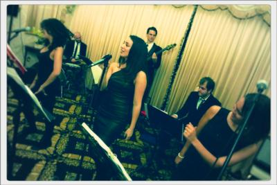 Juliana Riccardi Music Group | New York, NY | Cover Band | Photo #7