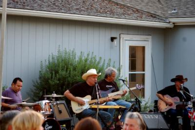 Les Vaughn & The Fenderbenders Band | The Dalles, OR | Country Band | Photo #3