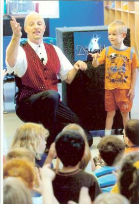 Mr. Dave Thomen of D`s Magic | Baltimore, MD | Magician | Photo #23