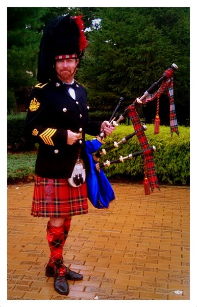 The Royal Piper - Celtic Bagpiper - New York City, NY