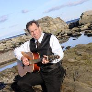Wales Wedding Singer | Dwight Phetteplace